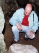 Pendulum dowsing inside West Kennet Long Barrow 1988