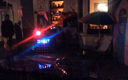 Dalek-on-the-front-garden-beach
