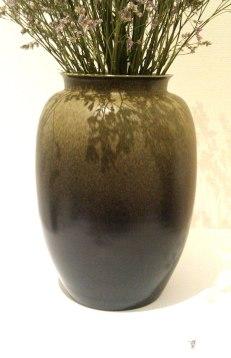 vase-with-fab-glaze