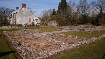 Neighbouring ruins 18thC house and 300AD temple