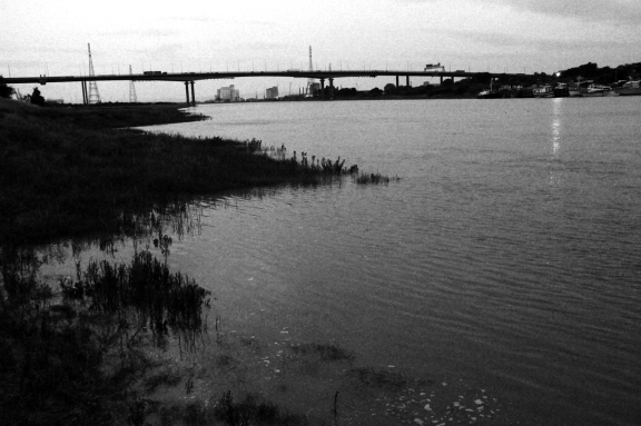 Avon-and-bridge-from-water-level